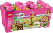 lego juniors 10674 pony farm photo